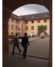 Blick zum Schloss Ostflügel mit InfoCenter