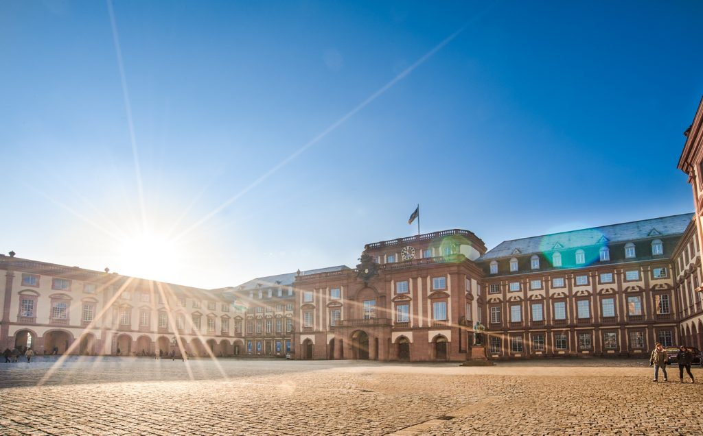 Schloss Mannheim by Sebastian Weindel 2013